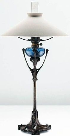 Hector Guimard - Art Nouveau - Lampe - Vers 1900 by brittney