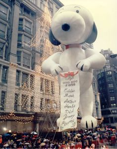 Snoopy Aviator with list of good kids.