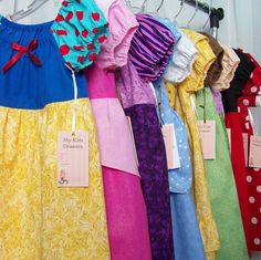 One pattern, all the princesses :) Filing this one away. When I learn to sew I know some little girls who would love this Sewing Hacks, Sewing Crafts, Sewing Projects, Sewing Ideas, Little Ones, Little Girls, All The Princesses, Disney Princesses, Disney Princess Crafts