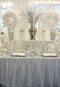 Diamonds ARE a Bride's Best Friend! Diamond and pearl dessert table set-up perfect for any wedding ARE a Bride's Best Friend! Diamond and pearl dessert table set-up perfect for any wedding. 60 Wedding Anniversary, Silver Anniversary, Anniversary Parties, Anniversary Ideas, Candy Bar Decoracion, Wedding Ideias, Pearl Party, Diamond Party, Denim And Diamonds