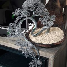 Copper Wire Crafts, Copper Wire Art, Diy Home Crafts, Diy Arts And Crafts, Bonsai Wire, Wire Tree Sculpture, Wire Flowers, Wire Trees, Metal Tree