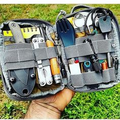 Everyday Carry Pouch - Raven Survival Prep Camping is a superb time to get back to the basics, without distractions. Among the best and most important aspects of camping is how it helps you build and reinforce relationships. Bushcraft Camping, Bushcraft Gear, Kayak Camping, Camping Survival, Outdoor Survival, Camping Tips, Camping Outdoors, Van Camping, Family Camping