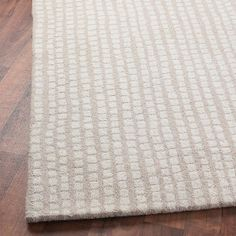 This could be a good neutral rug for our bedroom (where the teal-colored walls will be the star).  Would have to get it on sale though!