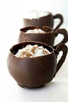 Chocolade cups met stratiatella ijs