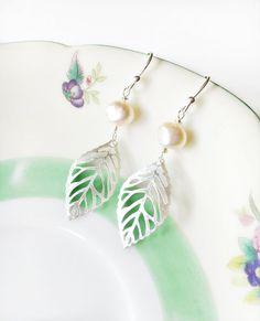 Silver Leaf Earrings. Pink Freshwater Pearl Bridal Earrings. Boho Bohemian Wedding Jewelry. Filigree Leaf Charm. Gift for Mom