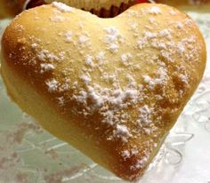 biscuiti cu iaurt fara unt Sweets Recipes, Cooking Recipes, Desserts, Unt, Biscuit, Bread, Ethnic Recipes, Food, Christmas Ornaments