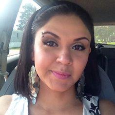 Pocker face!  Domingo de calle! México lindo y querido...Feliz inicio de semana.   #lighthealer #latinamom #indigokids #mommyblogger #domingo #sunday #picoftheday #latinablogger #mommylife #mommylifestyle #pockerface #mexicanbloggers #mommyday #lovemakeup