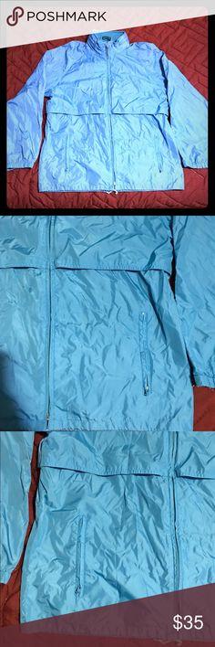 WOOLRICH FULL ZIP WINDBREAKER Woolrich Full Zip Windbreaker, Small, Blue, Lightweight, and Stylish. Woolrich Jackets & Coats Windbreakers