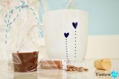 Blog Tintenelfe.de - Tasse selbstbemalen und Trinkschoki dazu machen #tasse #mug #doodle #coffee #hotchocolate #wichtel