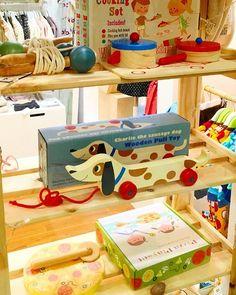🎁🎅🏻 Regalos Bonitos 🎅🏻🎁 En @jomamikids encontrarás las cosas más bonitas y originales para niños como este🐶 😍 👀👉🏻sección REGALOS🎁  Tienda Online ✖️ www.jomamikids.com ✖️ Tienda en #Gijón 📍Calle La Merced 25 📍 #jomamikids #callelamerced25 #Gijon #desde2013  #tiendasbonitas #giftidea #novedadesjomami #coolkids #navidad  #regalosbonitos #christmas #christmasgift