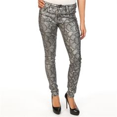 7 For All Mankind Women's Contemporary Scalloped Lace Print Skinny Jean | from Von Maur #VonMaur #StyleCorner