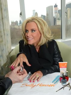 Pin for Later: Jenny McCarthy and Donnie Wahlberg Are Engaged — See Her Ring!  Source: Michael Simon