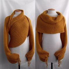 La larga bufanda/chal con mangas en ambos extremos se convierte en un suéter en un instante. Este diseño simple hace una declaración en negrilla que puede usarse de varias maneras diferentes: como suéter o abrigo y bufanda. Usted puede usarlo con todo lo que te gusta: favoritos, camiseta, camisa etc.. Usted puede para fantasear!!! I mano tejer esta bufanda con hilo grueso que consiste en lana 45% y 55% acrílico. Color: mostaza (amarillo oscuro). Tenga en cuenta que los colores en las fotos…