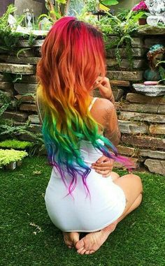 10 rainbow hair color ideas Hello my dears, How do you spend your Valentines Day? I'm alone on Valentines Day. Today I will introduce you how to stand out by rainbow hair. There are 10 rainbow hair color ideas on this b New Hair Colors, Cool Hair Color, Rainbow Hair Colors, Cool Hair Dyed, Amazing Hair Color, Pastel Rainbow Hair, Pelo Multicolor, Rainbow Makeup, Coloured Hair