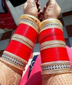 Indian Bridal Jewelry Sets, Bridal Bangles, Indian Bridal Makeup, Indian Bridal Outfits, Bridal Accessories, Wedding Jewelry, Bridal Jewellery, Wedding Chura, Bridal Chuda
