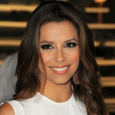 Dark Brown Hair with Caramel Highlights: Is It the Right Look For You?