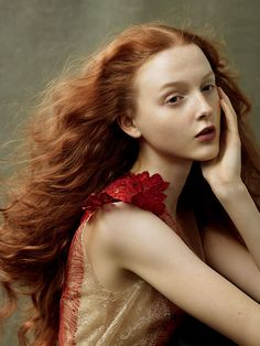 lesbeehive: Les Beehive – Redheads Jessica Chastain, Julianne Moore, Florence Welch and more by Annie Leibovitz for Vogue, August 2014