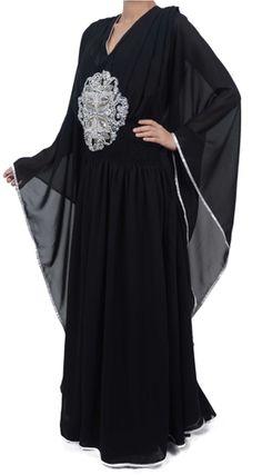 Love then silver with the black, beautiful. Arab Fashion, Islamic Fashion, Black Kaftan, Dress Skirt, Dress Up, Arabic Dress, Middle Eastern Fashion, Hijab Chic, Oriental Fashion