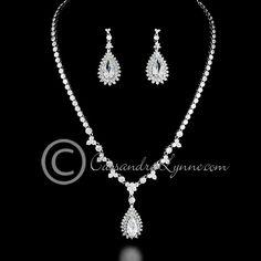 Vintage Teardrop Jewels Necklace Set
