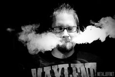 GrimmGreen Tootin out PLUMES!! VAPE ON!