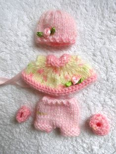 Check out this item in my Etsy shop https://www.etsy.com/listing/215888438/hand-knitted-dolls-clothes-for-5