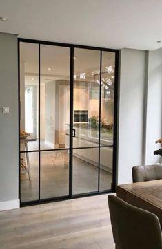 Une s  paration   l  gante entre le salon et la cuisine avec ces 2 portes en verre et leur cadre en aluminium noir  #pinkbedroomdecor #kidsbedroomdecor #springbedroomdecor