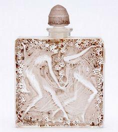 Creative vintage perfume bottles