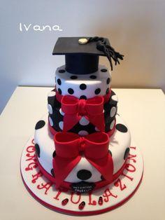 Graduate fondant cake