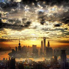 Sunrise of Shanghai-View from 789 Nanjing Lu Bar