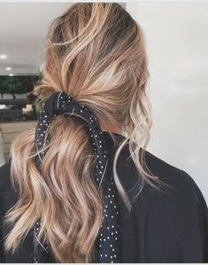 Lowlight obsessed recently! The perfect transition for fall hair without going completely to the dark side ! Southern Roots & Co.