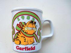 Vintage Garfield Christmas Coffee Mug 1983 by WylieOwlVintage, $14.00