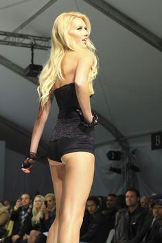 #lingerie #shapewear #skineez