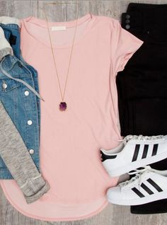 Casual outfit with sneakers