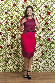 Vestido Lua - Vestido Vermelho com flores pretas