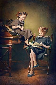 """""""La vera felicità nasce in primo luogo dal piacere del proprio io, e poi, dall'amicizia e dalla conversazione di pochi compagni scelti.""""  [Joseph Addison]  * Karina Kiel : Untitled, photography"""