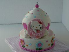 giant hello kitty cupcake — Children's Birthday Cakes