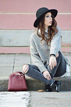 Grey Shades - Denise de Assis