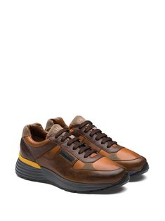 Church's Tenis Con Agujetas - Farfetch Brown Sneakers, Synthetic Rubber, Leather Texture, Calf Leather, Calves, Contrast, Women Wear, Lace Up, Fashion Design