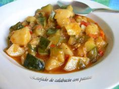 Un plato fácil y muy delicioso - Receta Plato : Estofado de calabacín y patatas por Marisabel
