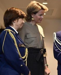 http://www.newmyroyals.com/2017/11/queen-mathilde-and-king-philippe_25.html