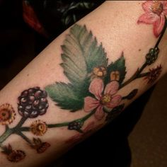 Small part of my blackberry tattoo windling around my lower left arm. By Annicka Westerlund, at PMS Pimp My Skin tattoo studio, Tungelsta, Sweden.