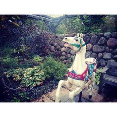 【s.zzz.s】さんのInstagramをピンしています。 《お庭に欲しい…🎠 #写真 #photo #メリーゴーランド #回転木馬 #馬 #森 #緑》 Instagram Posts