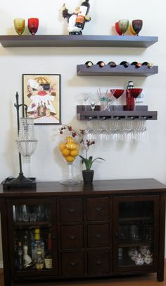 Wine and wine glasses display adds color to my wall