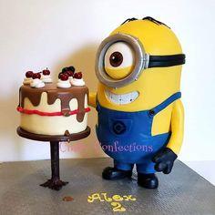 Minion birthday cake and cake! #minion #stuart #minionstuart #cake #minions #craftyconfections