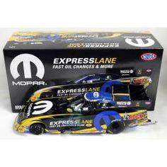 2016 Mopar Express Lane NHRA Funny Car Matt Hagan 1:24 Scale Diecast Model Car