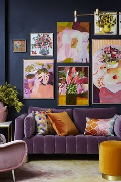 Home Decoration Boho Image may contain: living room table and indoor.Home Decoration Boho Image may contain: living room table and indoor Design Living Room, Living Spaces, Bold Living Room, Living Room Wall Art, Living Area, Retro Living Rooms, Eclectic Living Room, Cheap Home Decor, Diy Home Decor