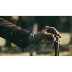 Photo from historyvikings Bjorn putting Horik's ring on the arrow that pierced Erlender's heart(thanks to Torvi)