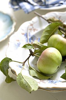 ~ freshly picked apples ♥ so pretty on a plate, but I really need to cut some up for the pie....