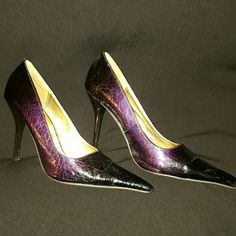 Purple fade to black heels If you like pointy toe heels and purple, youll love these. Worn a few times but i wont wear again. Shoes Heels
