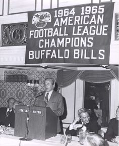 The Buffalo #Bills beat the San Diego Chargers to win the 1964 American Football League Championship.